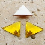 Jonquil Faceted - 18x18mm. Triangle Cabochons - Lots of 144