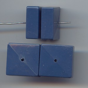 BLUE 19MM SMOOTH SQUARE BEADS - Lot of 12