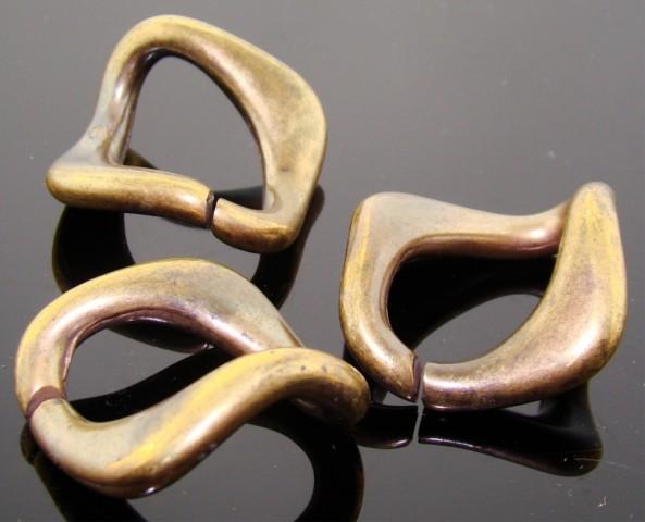 Antique Gold Links - 27x27 Square Interlocking Links - Lot of 12