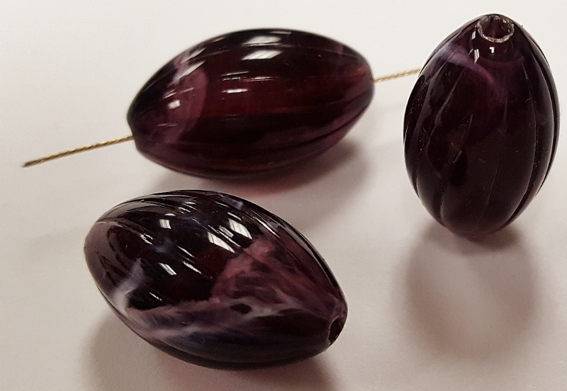 AMETHYST MARBLE 20x12mm. TWISTED GROOVED OVAL BEADS - Lots of 12