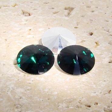 Emerald - 18mm. Round Rivoli Rhinestone Jewels - Lots of 144