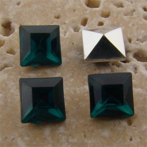 Emerald Jewel - 6x6mm. Square Faceted Gem Jewels - Lots of 144