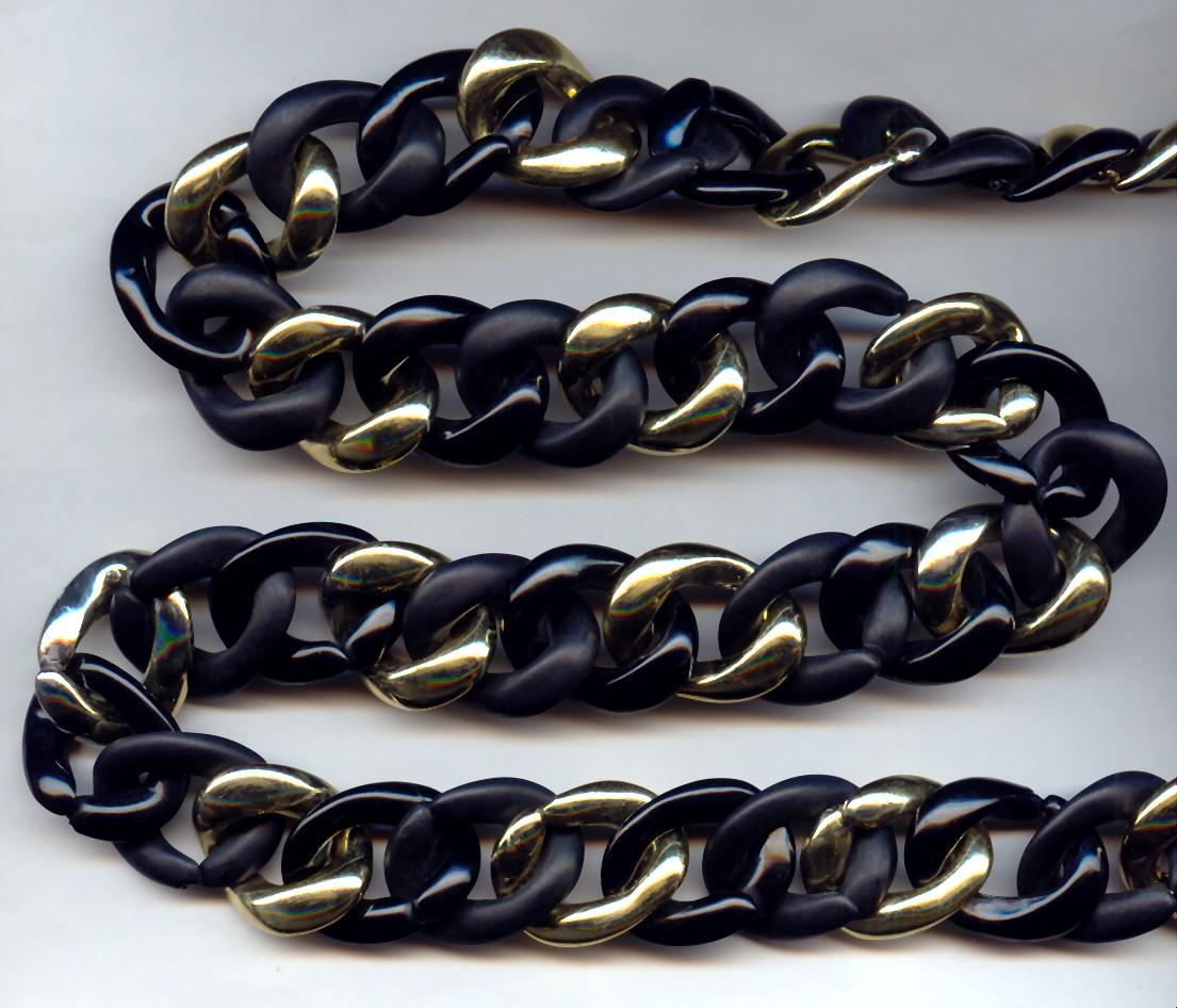 "Jet, Matte Jet & Gold Plastic 26mm Link Curb Chain - 39"" per Lot"